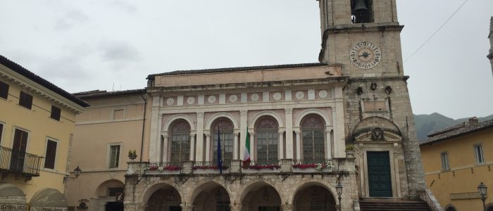 Motorradreisen Italien Abruzzen Norcia