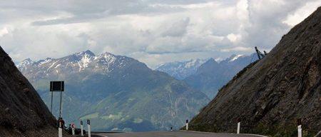Motorradreisen Südtirol Jaufenpass Richtung Sterzing
